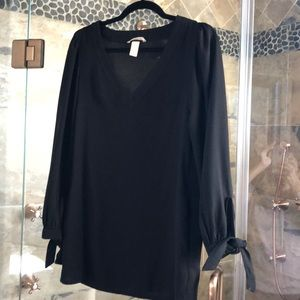 Adorable H and M black shift dress